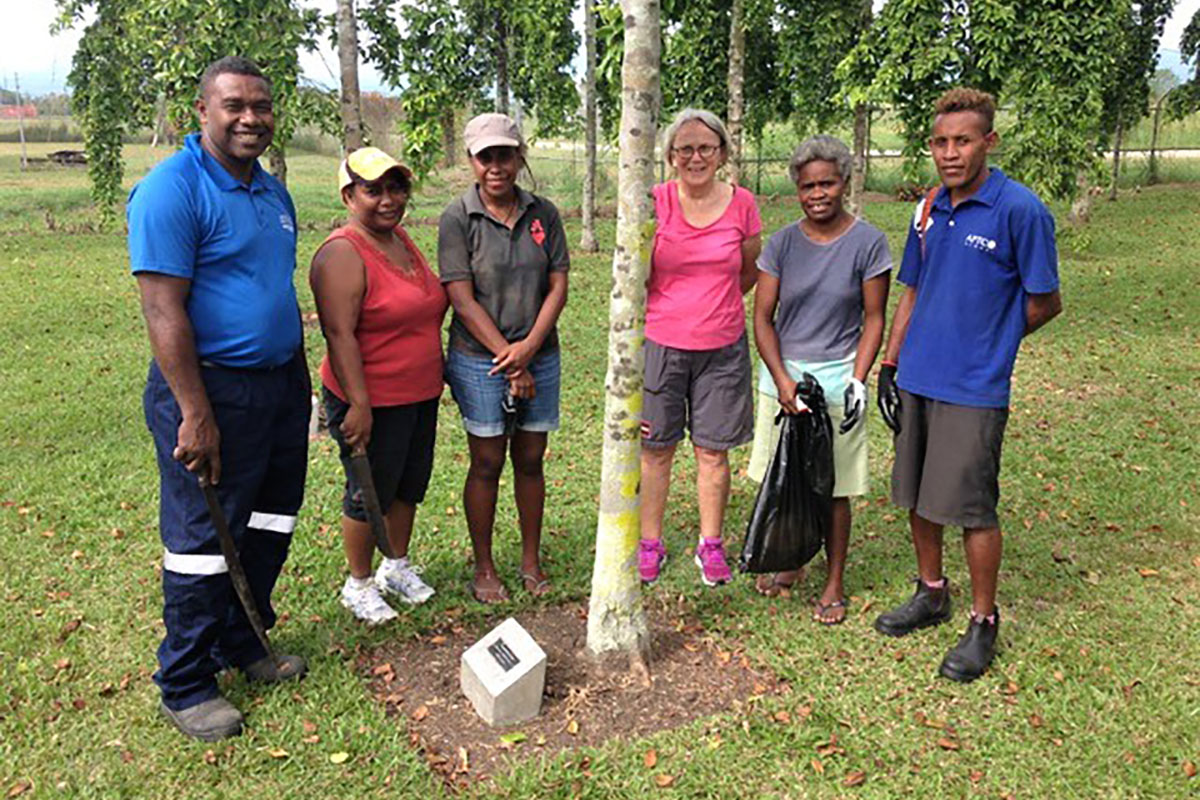 APTC_staff_and_Alumni_executive_members_during_the_first_garden_bee_activity_at_the_Memorial_Garden