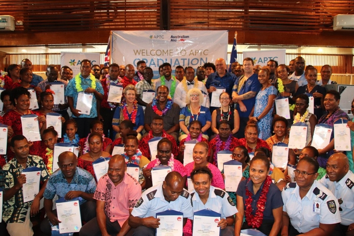 1 Solomon Islands graduation photos 8